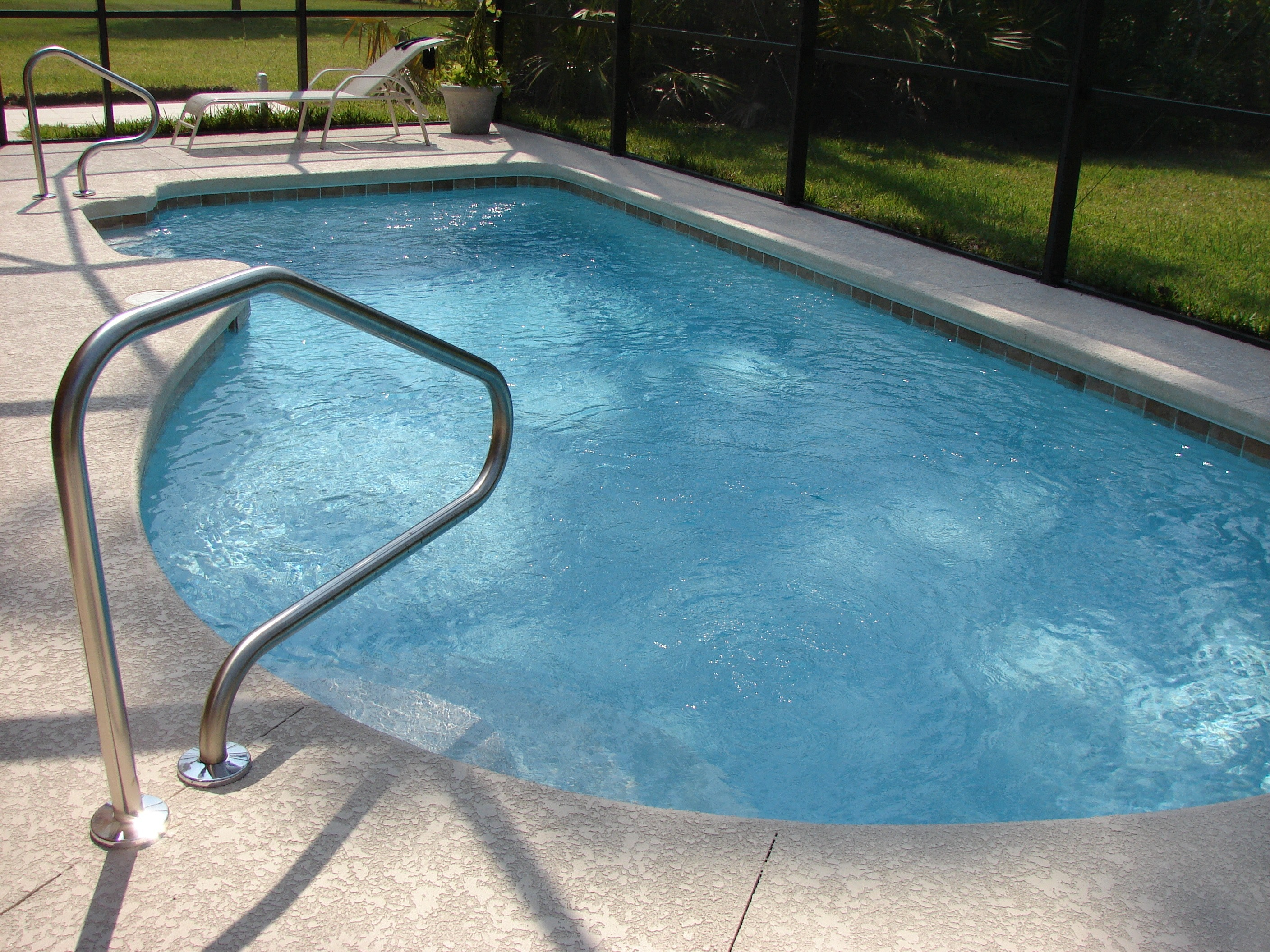 So You Want To Build A Swimming Pool - Aqua Spas and Pools